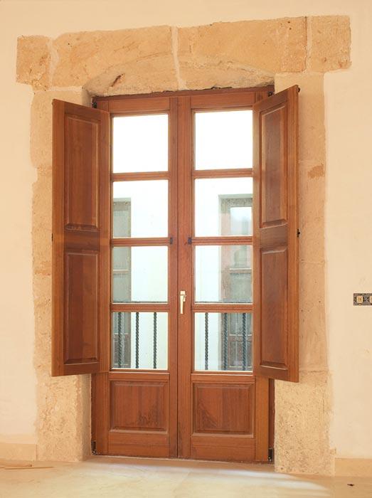 Euroland designs s l mallorca for Disenos de puertas exteriores
